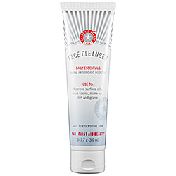 first aid beauty cleanser review