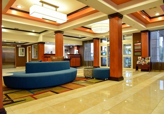 fairfield inn detroit airport reviews