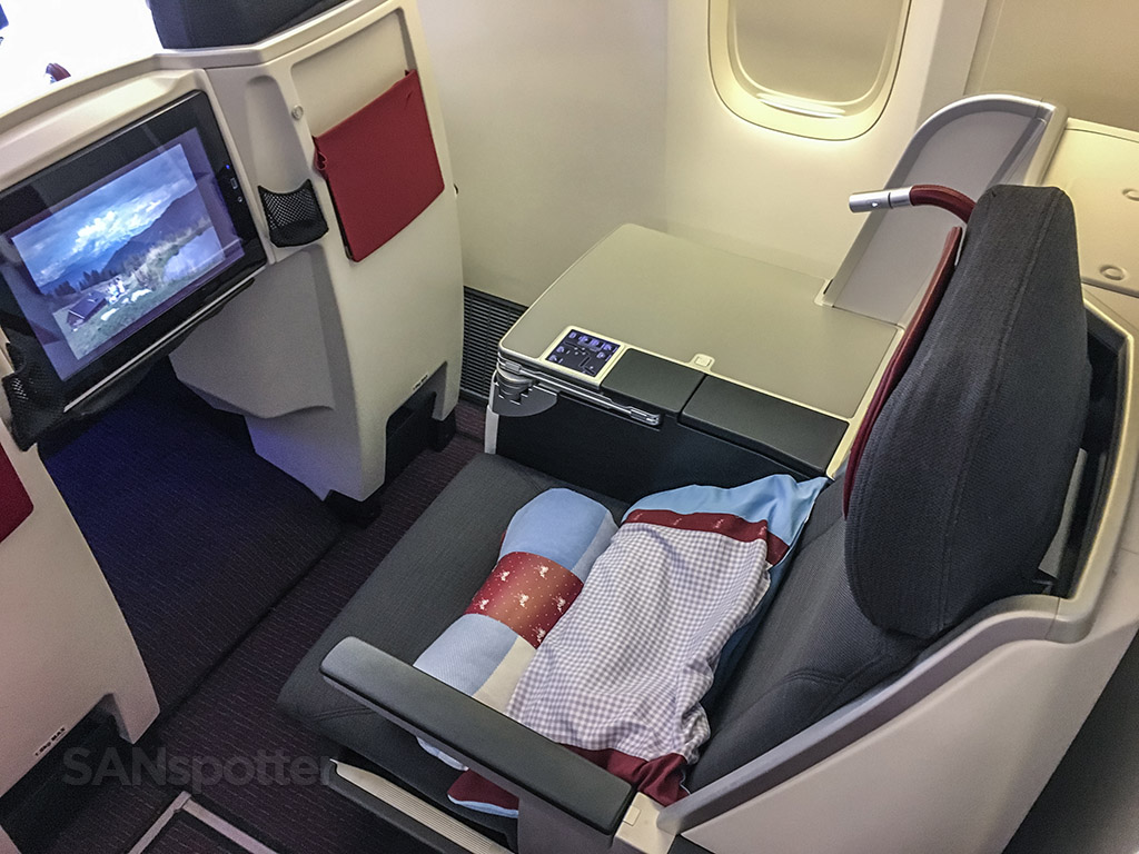 austrian airlines business class review 777