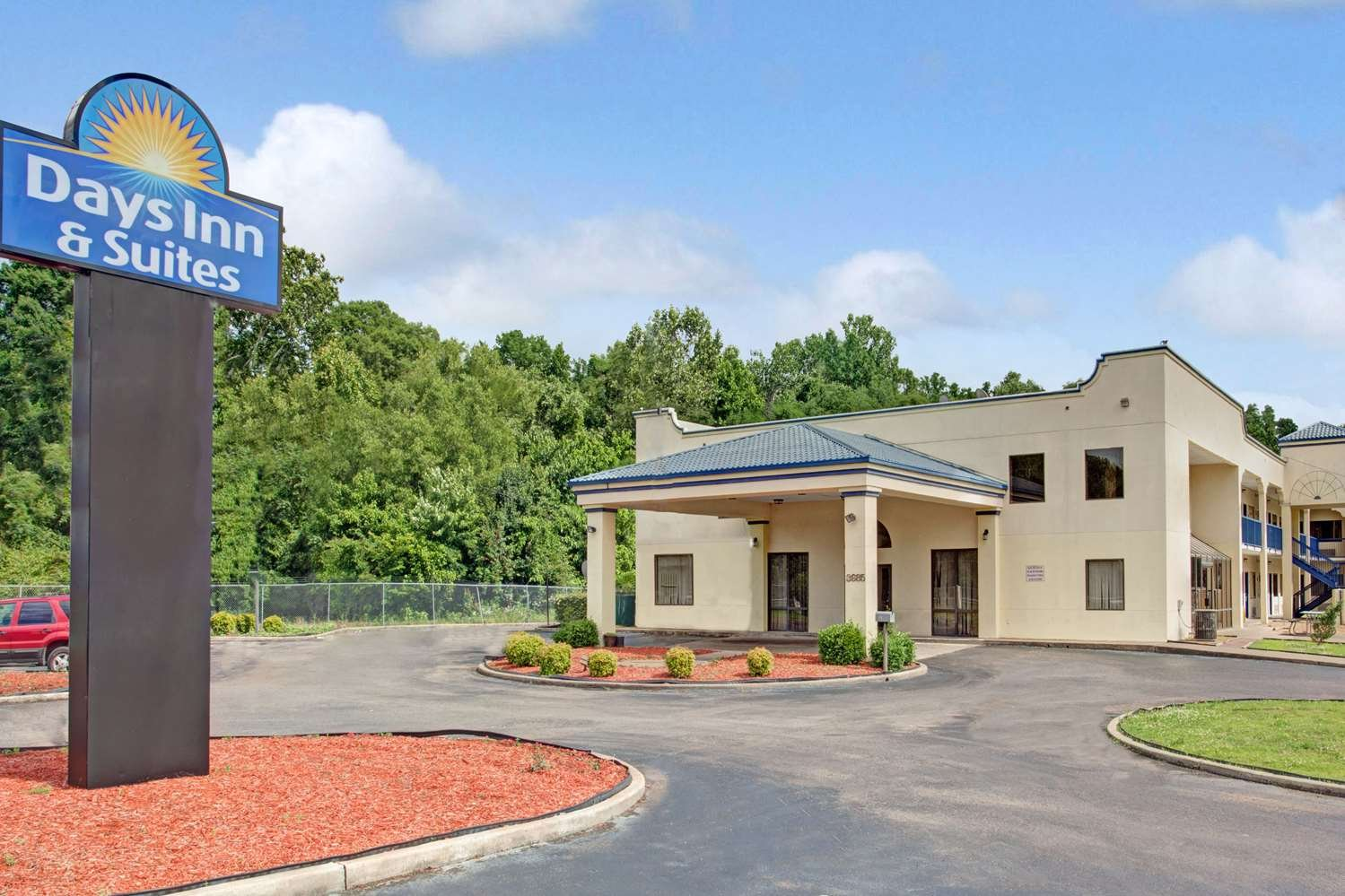 at home inn and suites memphis tn reviews